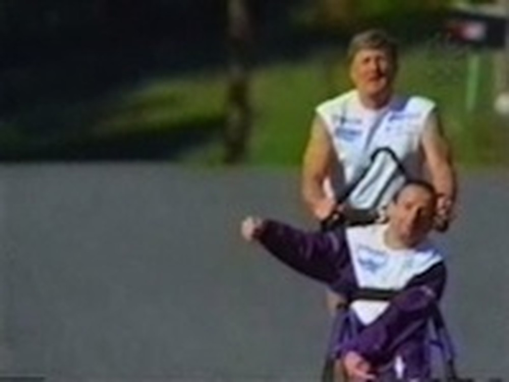 Inspirational Video Featuring Team Hoyt in a Triathlon