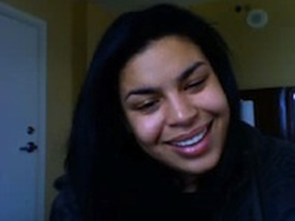 Jordin Sparks Sings Amazing Grace in her Bedroom