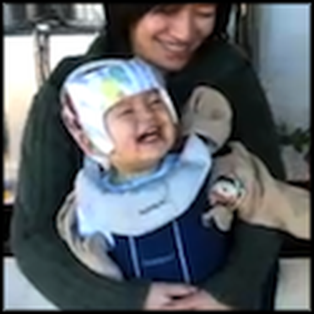 Cute Baby Finds a Soda Machine Absolutely Hilarious