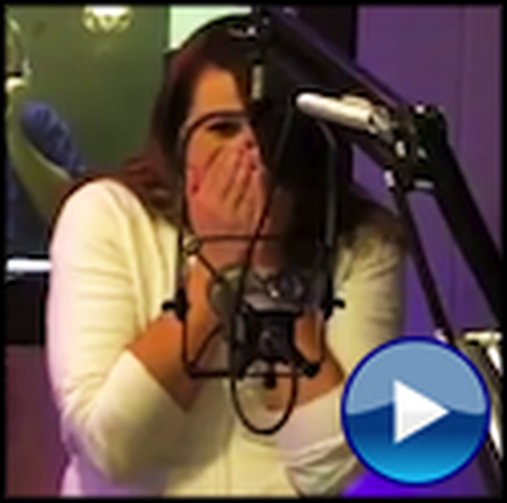 Soldier Surprises his Fiance During a Live Radio Broadcast