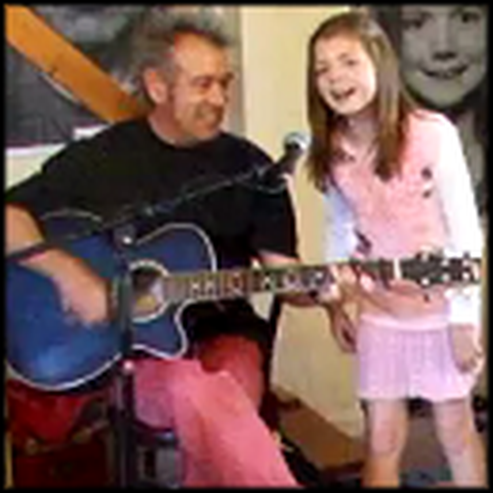 Father and Daughter Sing Oh Happy Day - This is Great