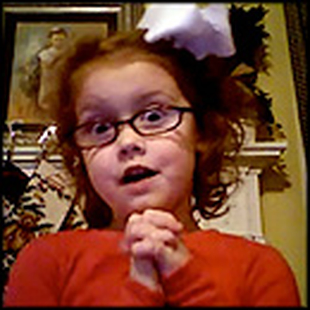 Cute Little Girl's Christmas Song is So Sweet