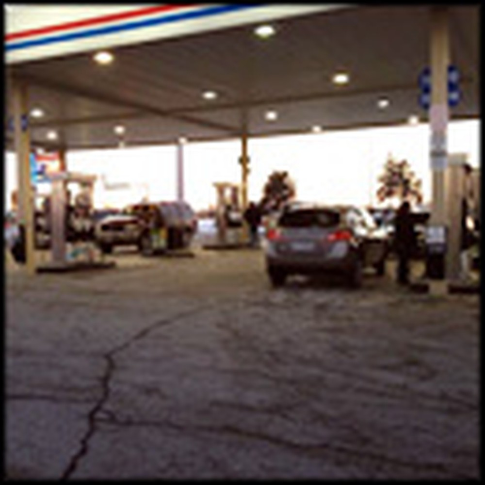 Angels at a Gas Station Help a Needy Family