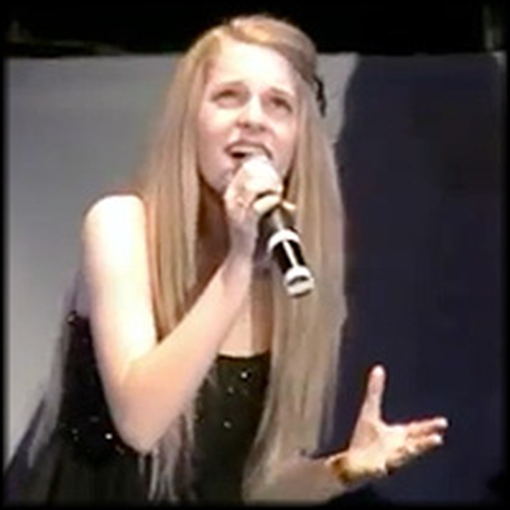 12 Year-Old Cactus Cutie Sings Breathtaking Version of Note to God