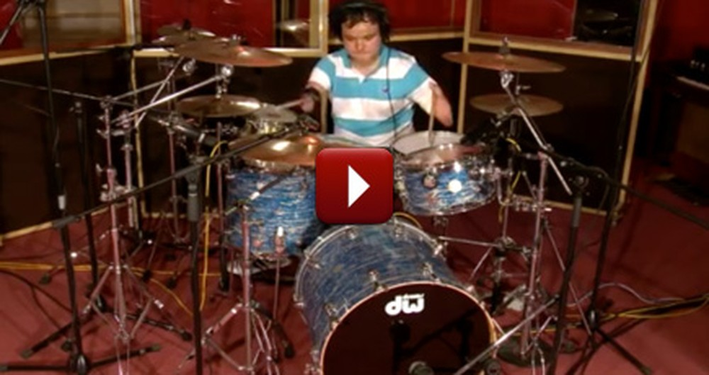 He Doesn't Have Arms, but He Still Plays Music for the Lord - This is Incredible