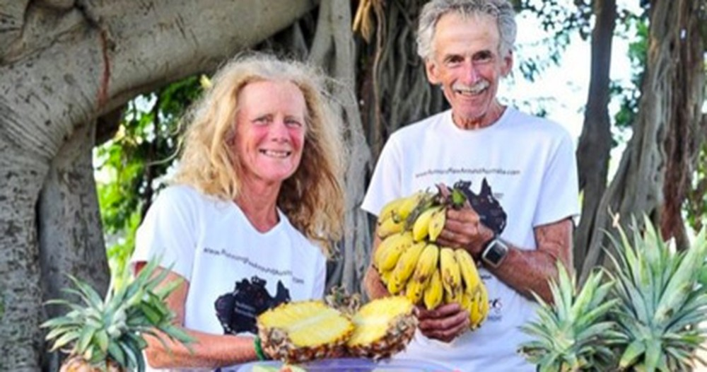 Every Day for the Past Year, This Couple in Their 60s Did Something You Won't Believe.