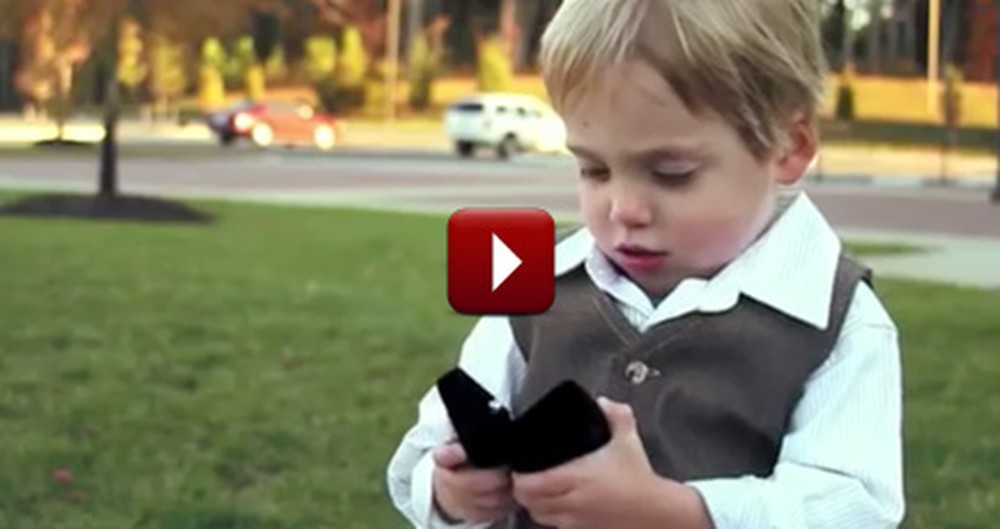 Darling Little Boy Helps Make the Cutest Proposal Ever