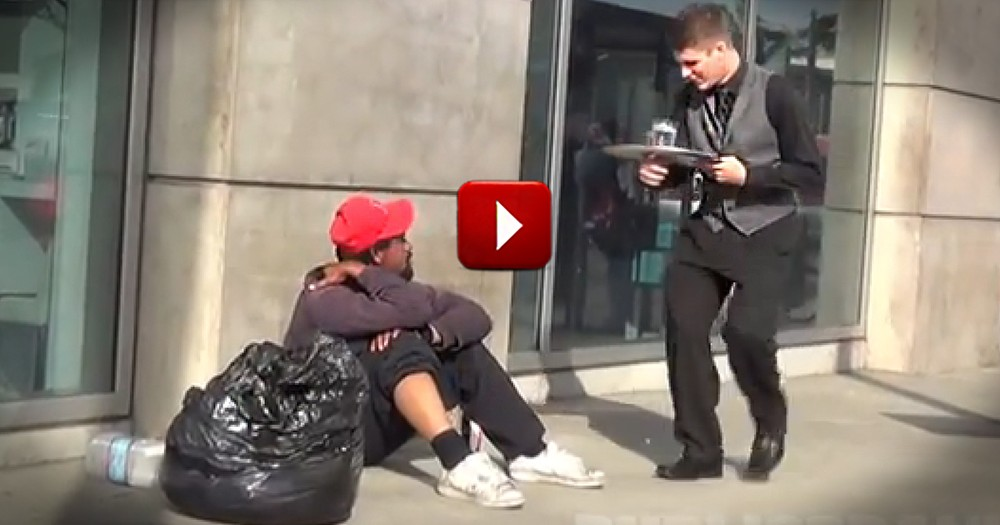 This 'Waiter' Does Something Incredibly Kind for the Homeless
