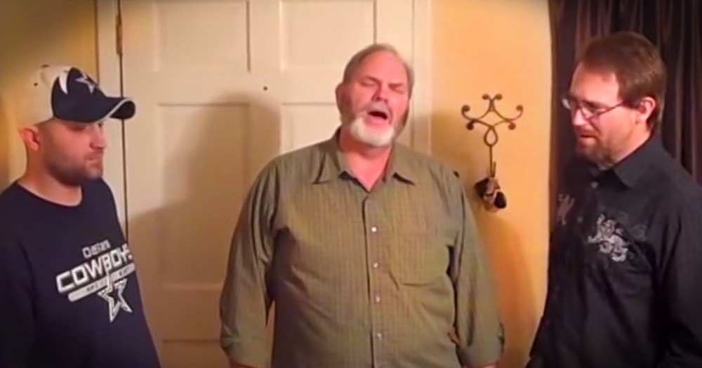This Family's A Cappella Performance Just Gave Me Chills. This Classic Just Made My Day!