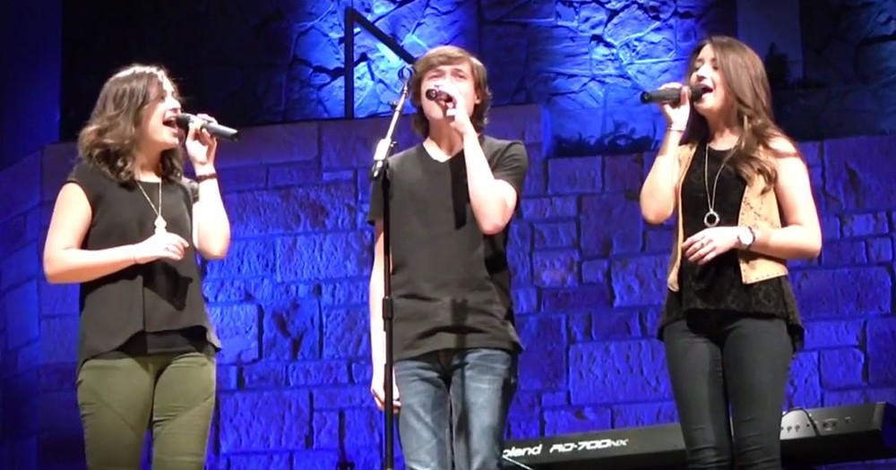 This A Cappella Version Of The Lord's Prayer Will Give You The TINGLES! Those Harmonies Are Awesome!