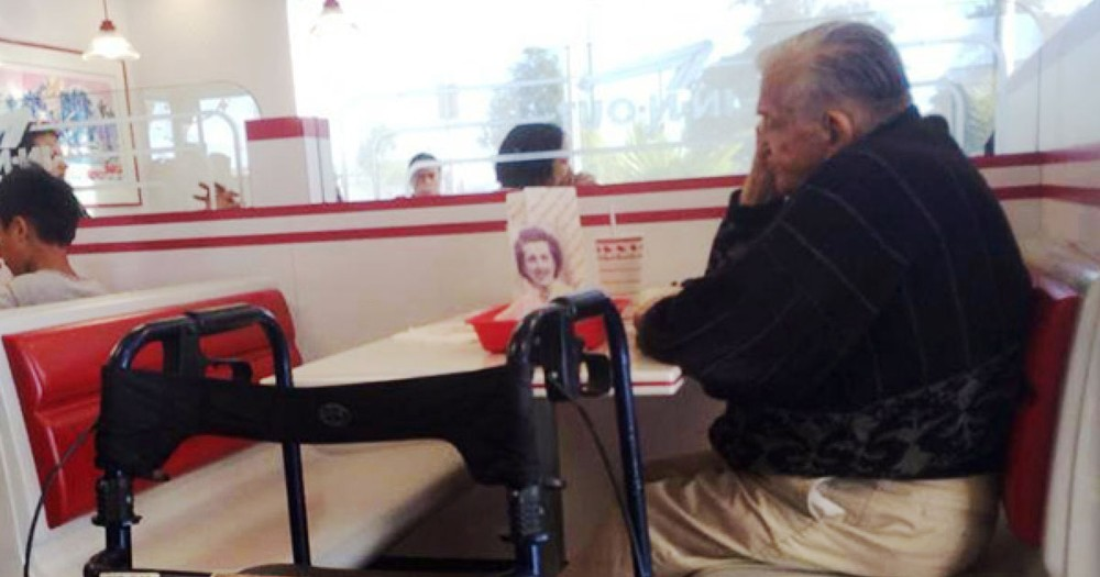 A Widower Takes His Wife's Picture Everywhere & Their Story Explains Why He Doesn't Want to Be Alone