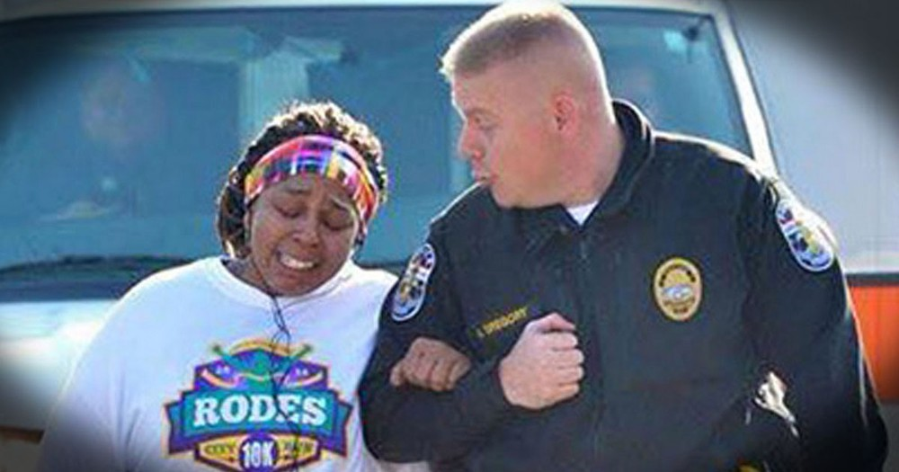 Kind Officer Helps Struggling Woman In Her Time Of Need--TEARS!