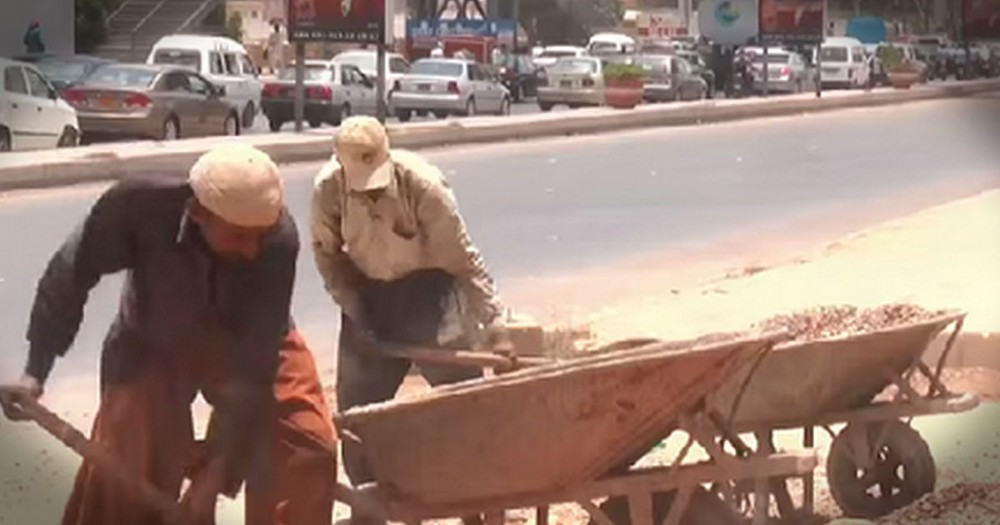 Construction Workers Do Something Unusual To Share God's Love!