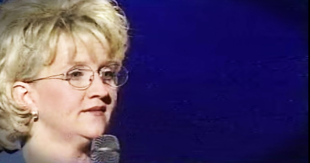 This Christian Comedian Chonda Pierce Put Aside The Funny To Share Her Painful Past.