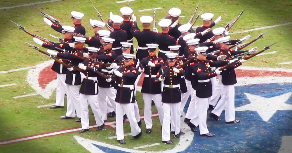 Marines' Incredible And Patriotic Silent Drill