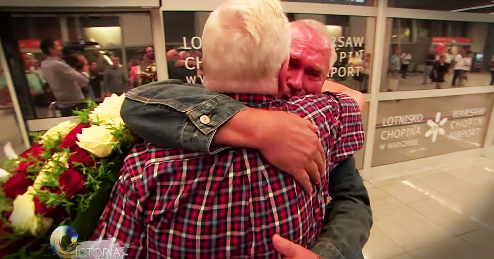 Twin Brothers Meet For The First Time 70 Years In The Making