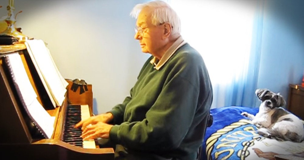 88-year-old Pianist Takes You Back With 'It Might As Well Be Spring'