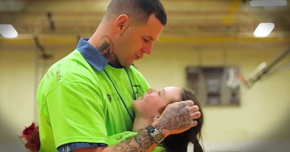 Grab Your Tissues For These Dads Behind Bars Special Moments With Their Kids