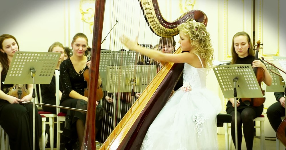 9-Year-Old Harp Prodigy Plays Like An Angel