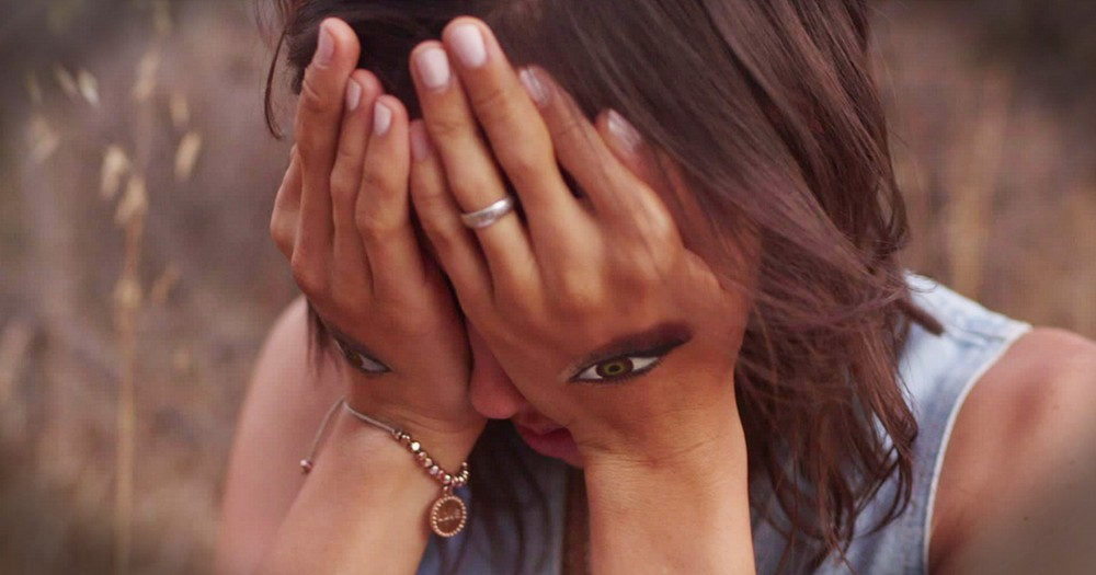 6 Sister's Anti-Bullying Anthem Is Powerful