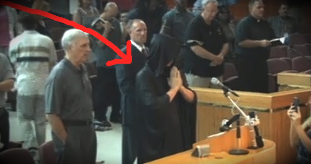 Christians Protest Satanic Prayer At City Council Meeting By Doing THIS!