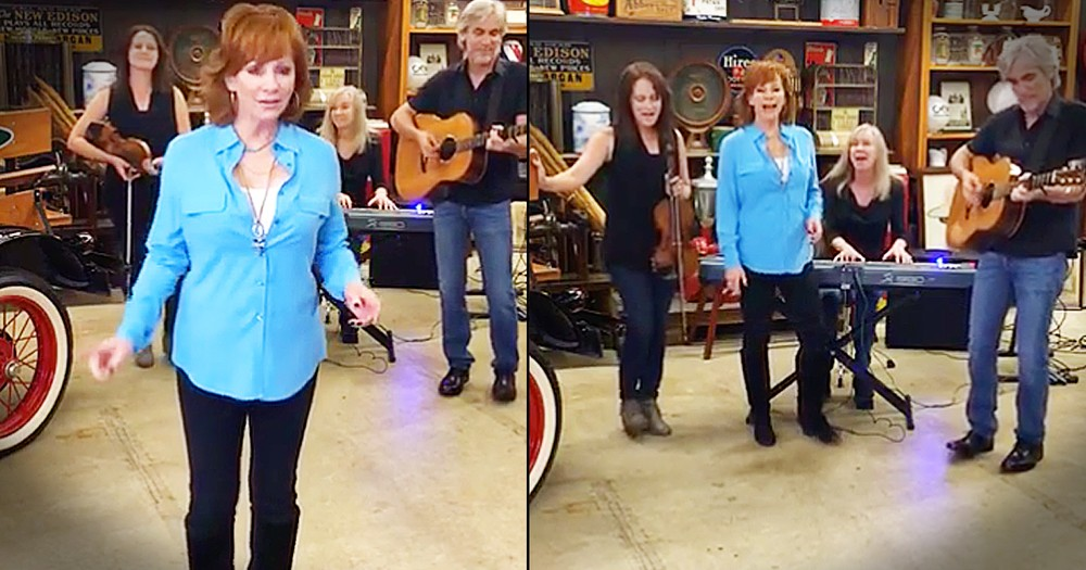 Reba McEntire Performs Song In Cracker Barrel Warehouse