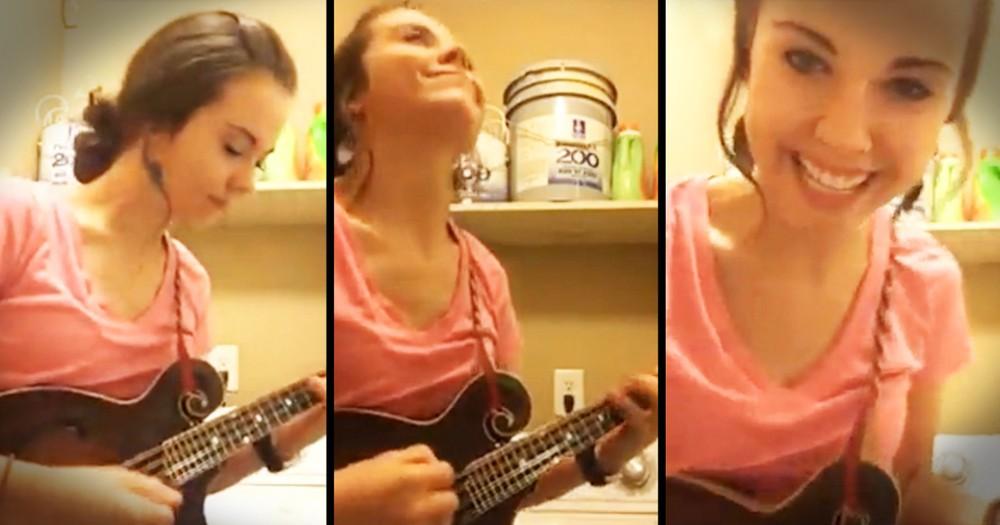 Bluegrass Musician Uses Laundry Machine To Practice Mandolin