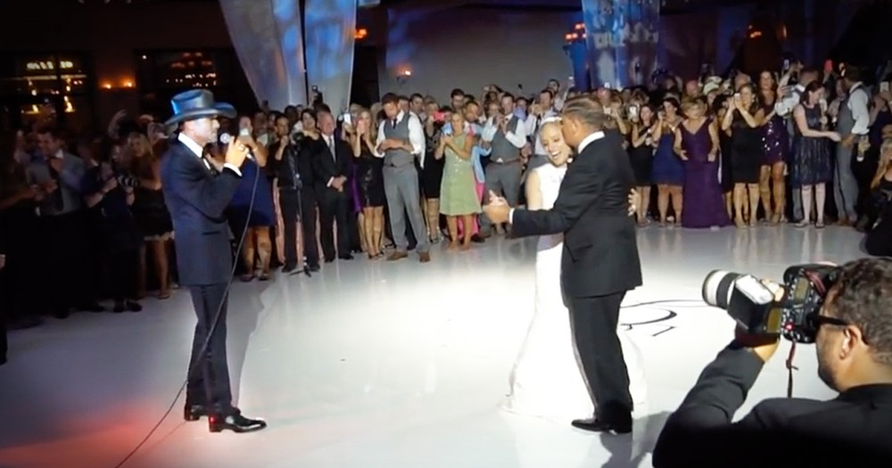 Tim McGraw Just Walked Into A Wedding To Sing 'My Little Girl' And The Bride Lost It