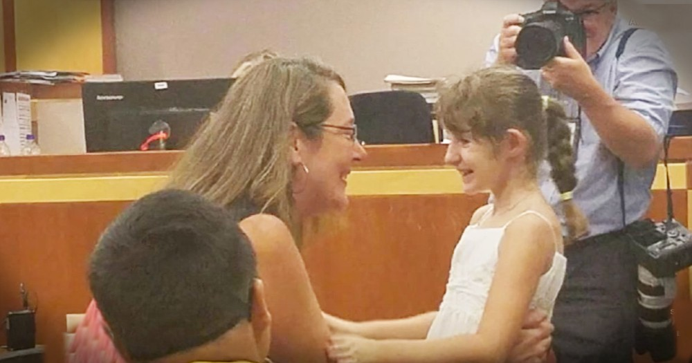 Little Girl Misses First Day Of School But Her Whole Class Comes To Support Her On Her Adoption Day