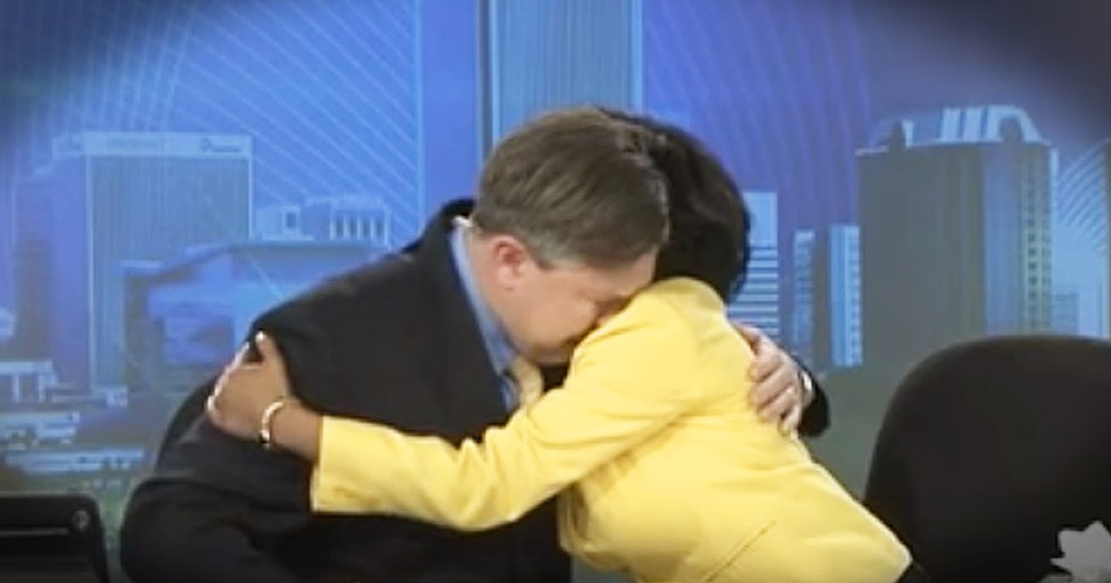 Anchorman Breaks Down In Tears Saying Goodbye To Co-Anchor