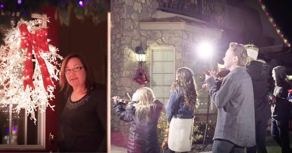 Christmas Carol Flash Mob Is A Magical Dream Come True