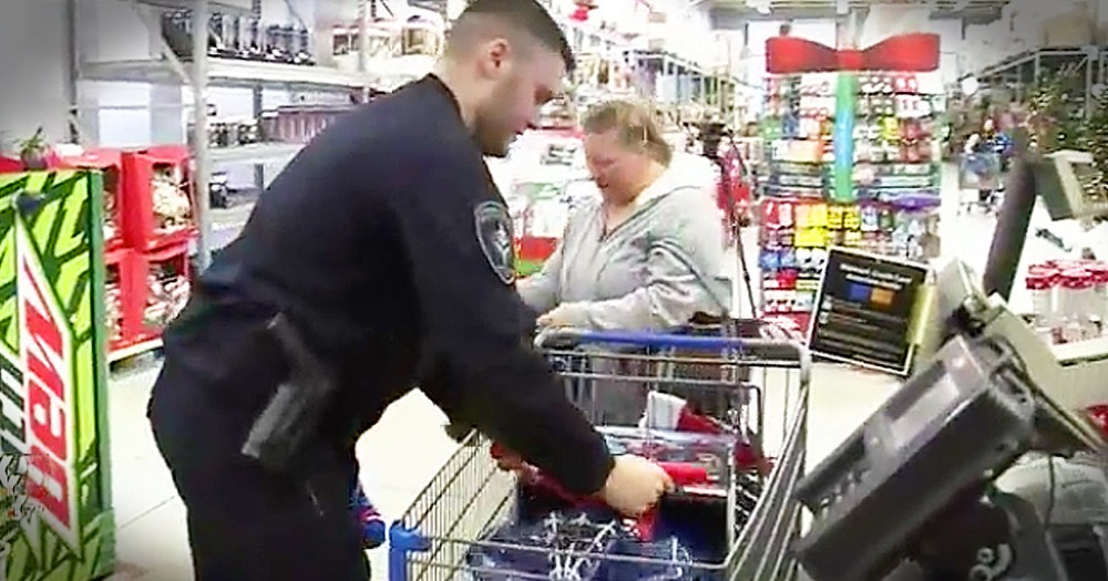 6-Year-Old Receives Presents From Police Officer And Returns The Favor Years Later