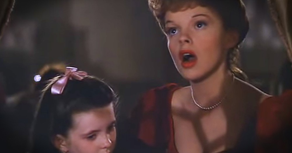 Judy Garland Sings Enchanted Version Of 'Have Yourself A Merry Little Christmas'