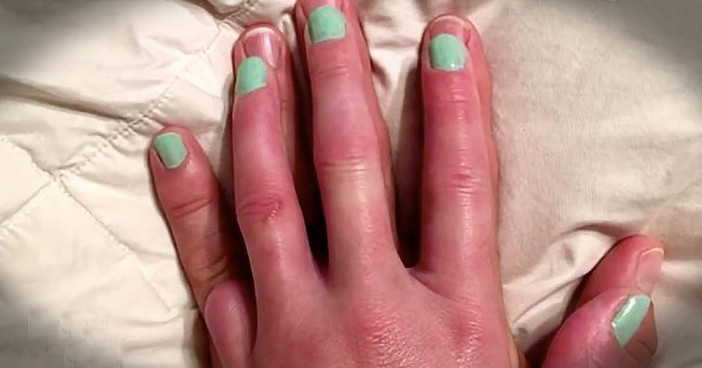 Husband Lets Wife Paint His Pinky Finger For Heartwarming Reason