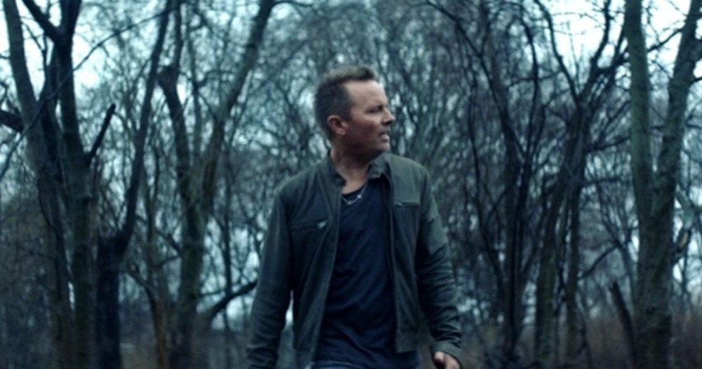 Get Ready To Worship Full Of Hope With Chris Tomlin's Newest Song 'Home'