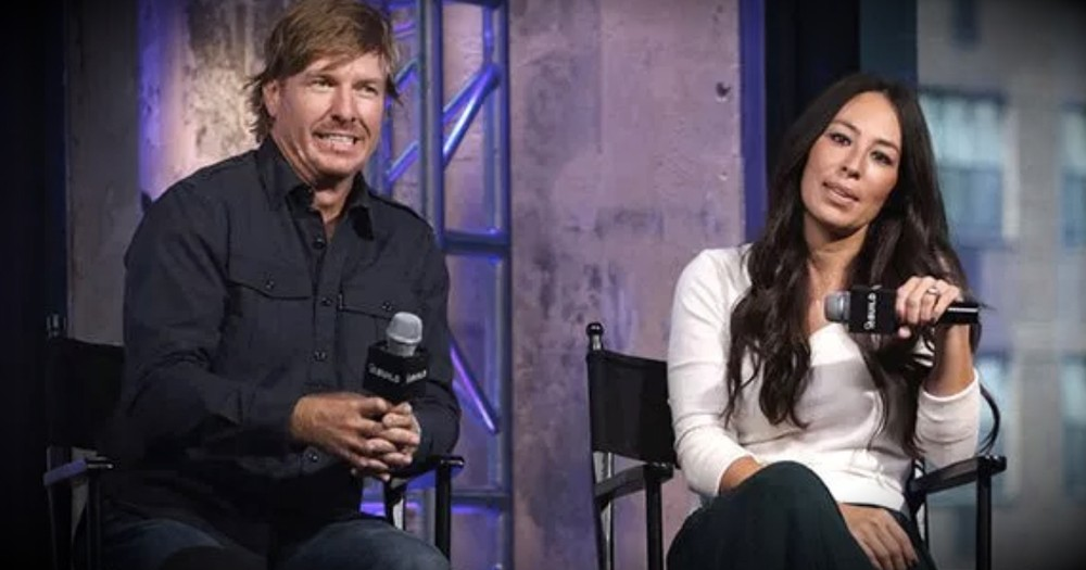 Fixer Upper Star Joanna Gaines Sets The Record Straight About Rumors