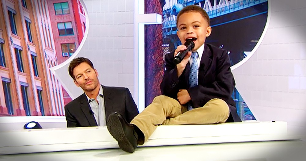 Harry Connick Jr. And Toddler Perform Precious Duet Of 'He's Sweet I Know'