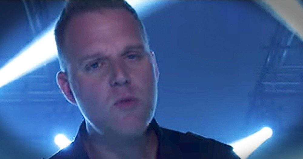 Matthew West's 'Broken Things' Speaks To All Who Are Hurting