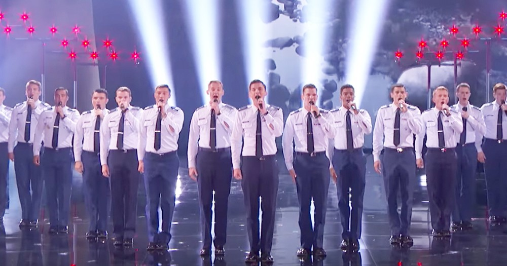 Talented A Cappella Air Force Academy's Performance Wows Crowd