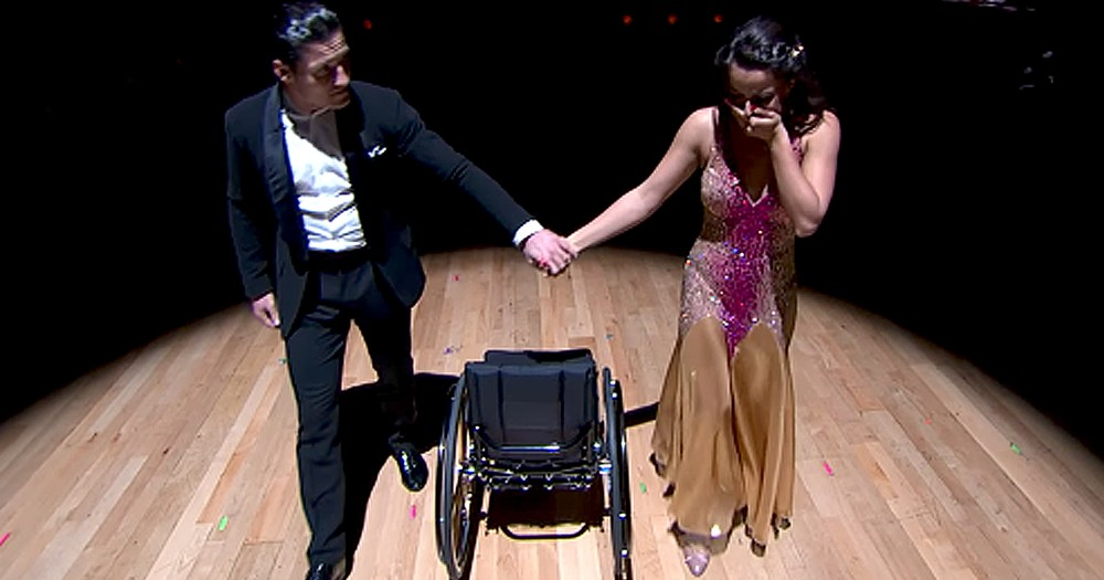 Formerly Paralyzed Woman Performs Emotional Redemption Dance On DWTS