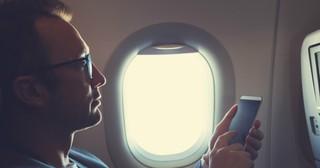 Passenger Sees Stranger's Disturbing Texts, Then Helps Stop Evil Plan