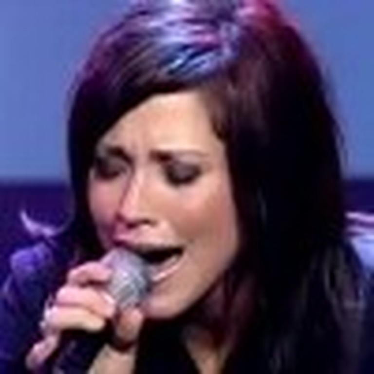 Kari Jobe Puts on an Unforgettable Performance - Amazing!
