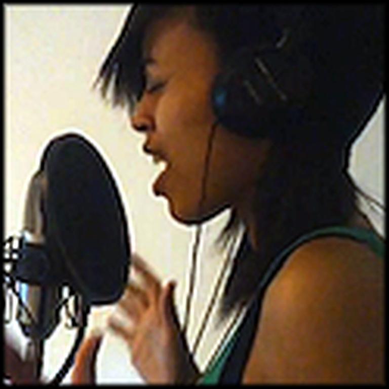 Courtney Bennett Sings Joyful Joyful in a Studio