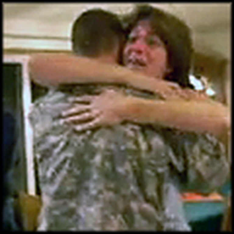 Best Reaction Ever When a Soldier Surprises his Mom