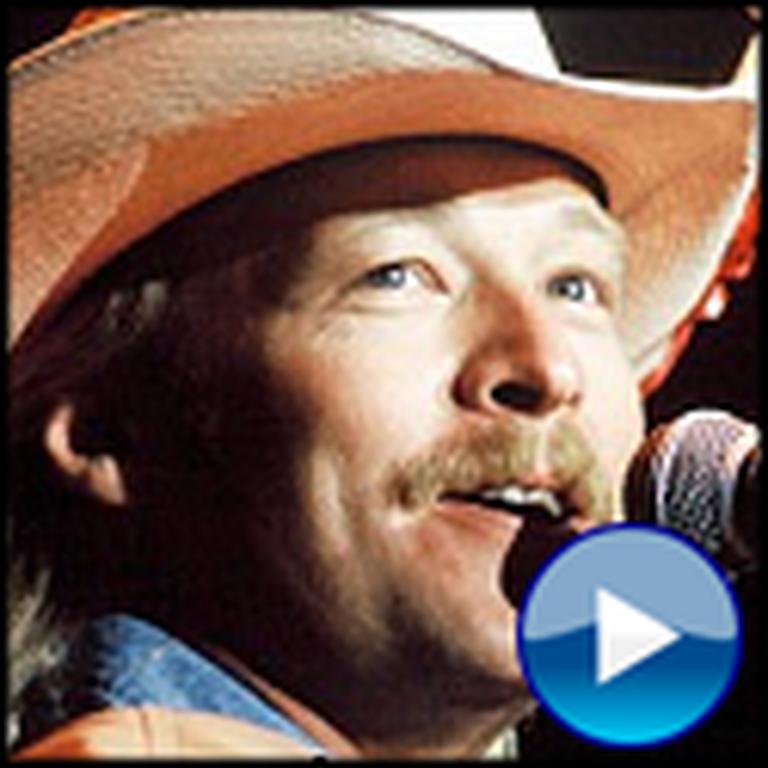 Alan Jackson Sings Blessed Assurance Live