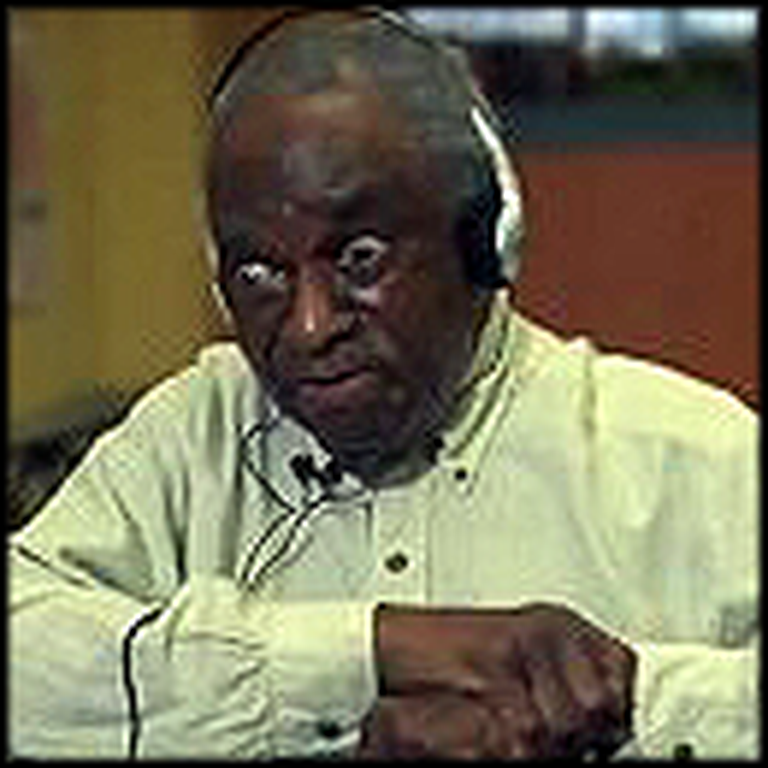 Man in a Nursing Home Reacts to Christian Music from his Era