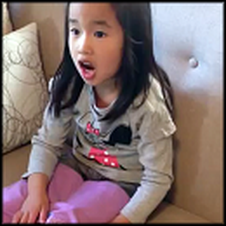 Adorable Girl Finds Out She's Going to Be a Big Sister - Heart Melting