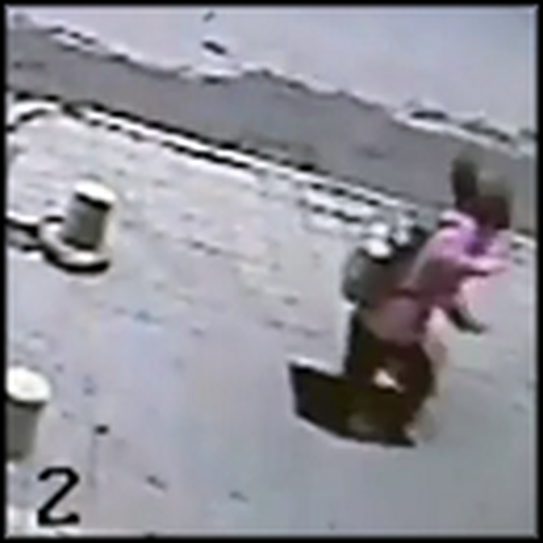 Taxi Driver Saves a Girl Who Falls Through the Sidewalk