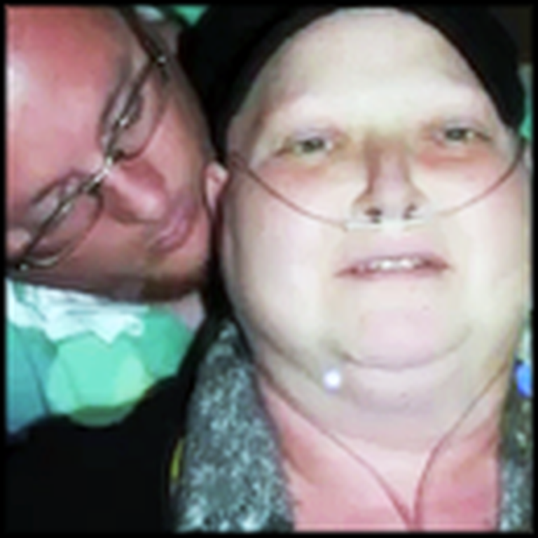 Woman With Cancer Has an Unforgettable Anniversary Dinner