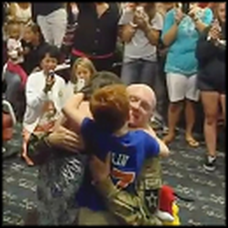 Crowd Cheers at the Airport When a Soldier Reunites with his Family